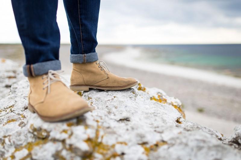 Køb store sko i høj kvalitet hos skowolter.dk