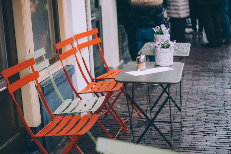 Find de rette klapstole til din restaurant eller café