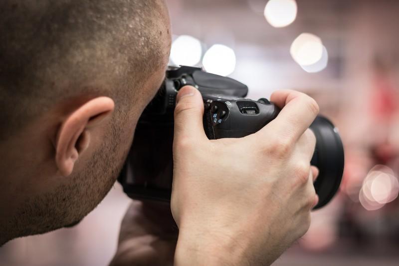 Dygtig fotograf kan forevige dine store øjeblikke i livet