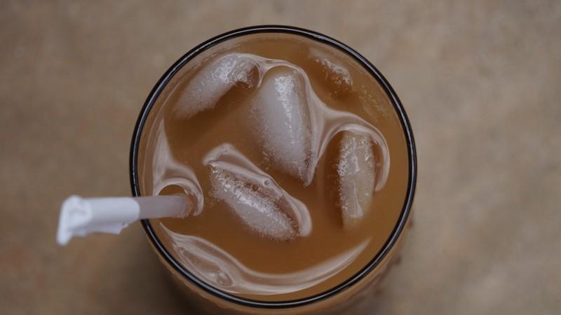 Kold iskaffe til varme dage