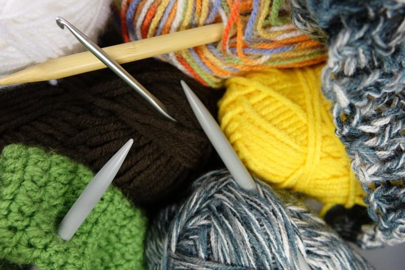 Køb nemt de strikkepinde, som du har brug for, på nettet