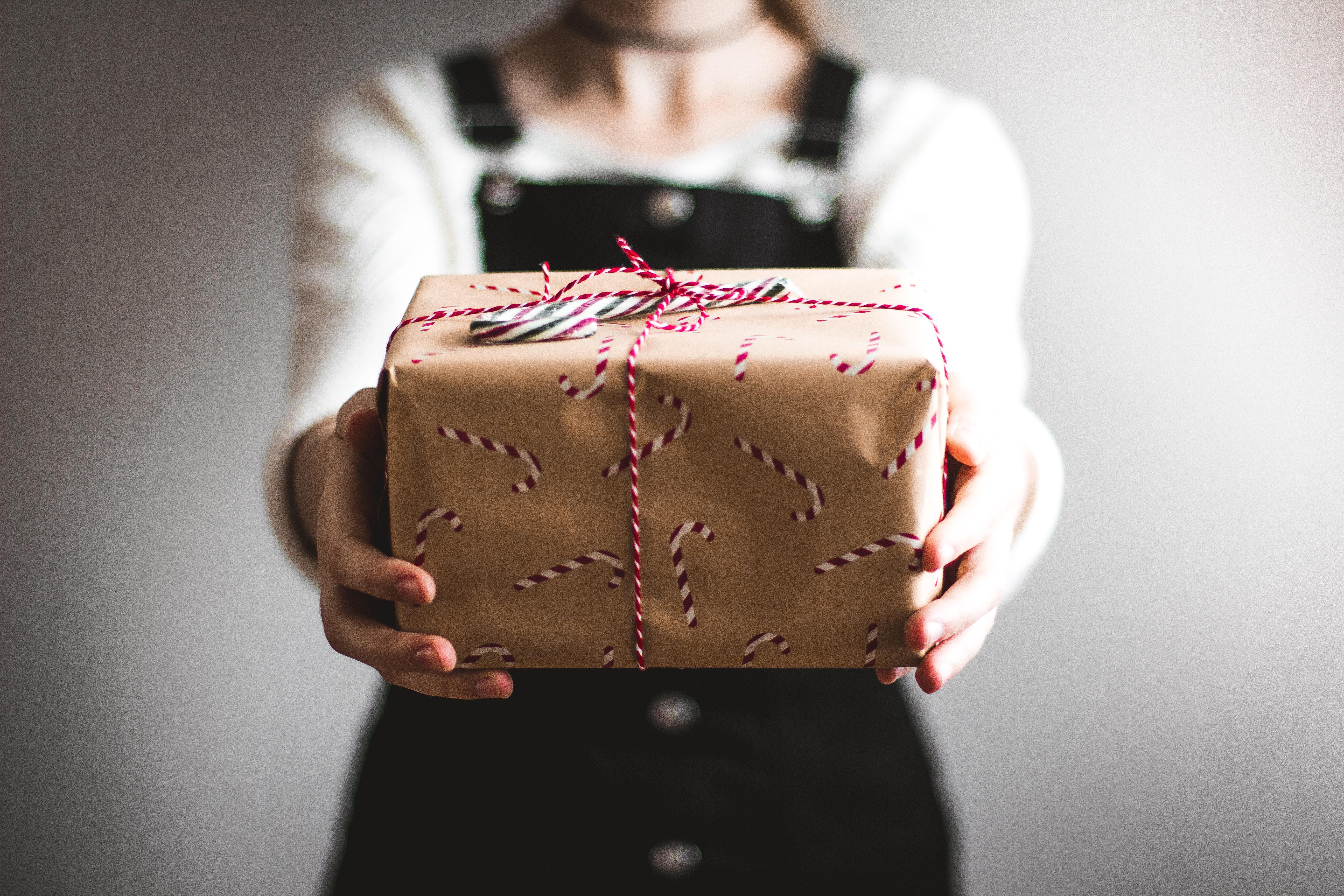 Den gode chef - Glæd medarbejderne med en gave
